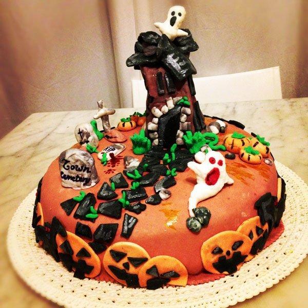 Halloween-Gespenster-Kuchen